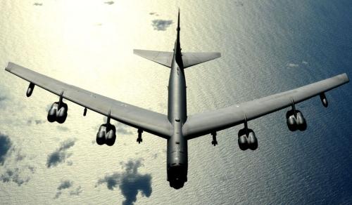 Máy bay B-52 trên Thái Bình Dương. Ảnh: USAirforce