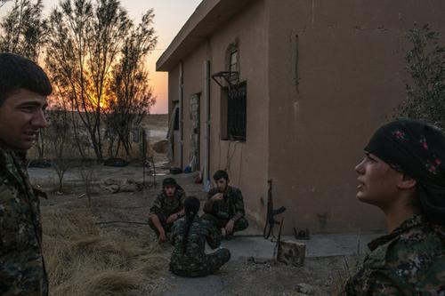 Toan tính riêng của các thế lực diệt IS 1