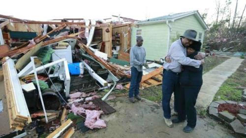 Thiệt hại sau bão tại Mississipi. Ảnh: Reuters