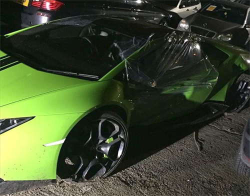 Tài xế phá nát siêu xe Lamborghini đi thuê 3