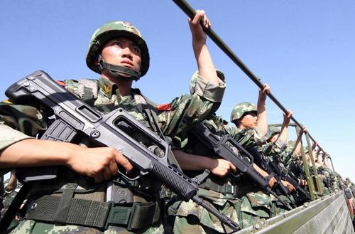 Quân đội Trung Quốc truy lùng khủng bố tới tận đâu theo luật mới 3