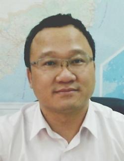 """TS Khuất Việt Hùng: """"Hy vọng xe máy bật đèn ban ngày sẽ giảm 10% tai nạn"""" 1"""