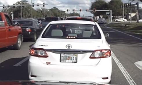 Xe máy quay đầu tán loạn khi gặp chốt cảnh sát 5