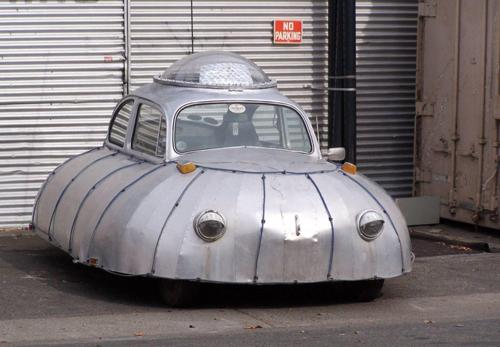 Những mẫu xe kỳ quặc nhất thế giới 7