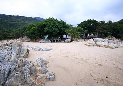 Xây nhà không phép trên đất phòng thủ quân sự ở Hải Vân 1