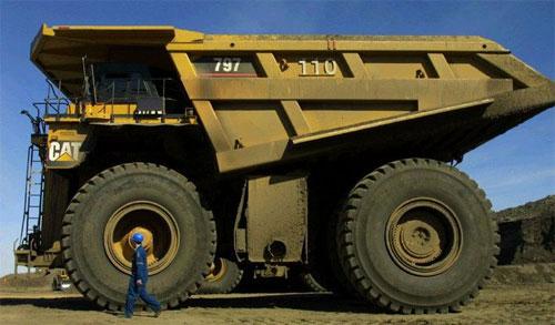 Những cỗ xe tải khổng lồ nhất thế giới 3