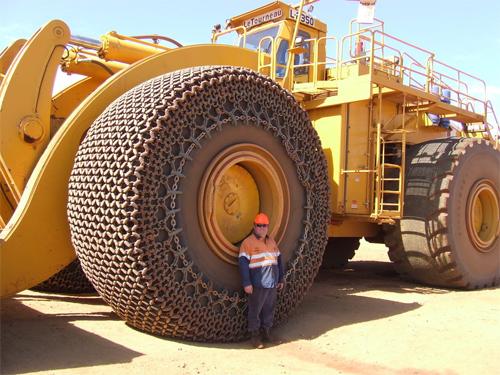 Những cỗ xe tải khổng lồ nhất thế giới 7