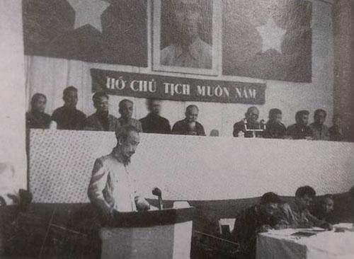 chuyen-it-biet-ve-khoa-quoc-hoi-keo-dai-nhat-lich-su-1