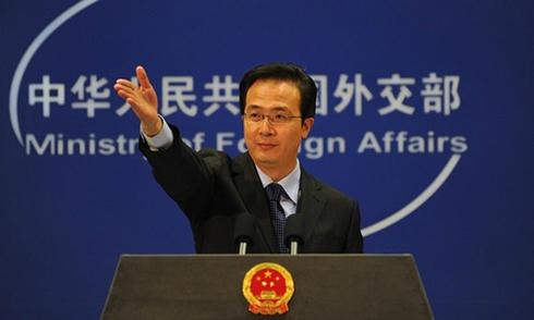 Trung Quốc ngang ngược nói không cần thông báo đáp máy bay ở Trường Sa