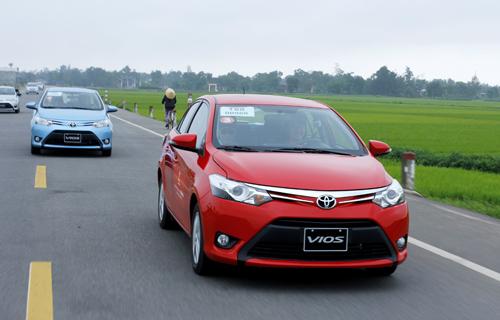 Ôtô được mùa kỷ lục tại Việt Nam 1