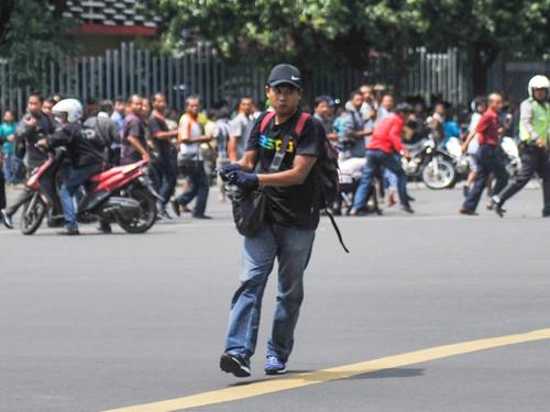"""""""Phiến quân trí thức"""" - nghi phạm chủ mưu khủng bố ở Indonesia 3"""