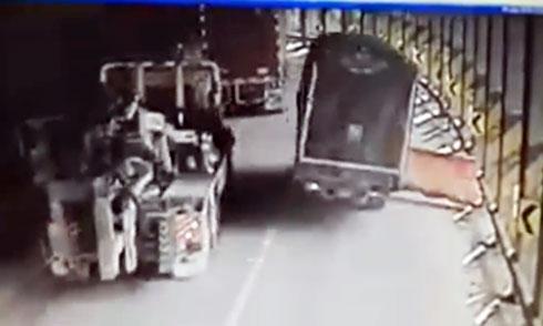 Pha mạo hiểm đau đớn của xe máy 3