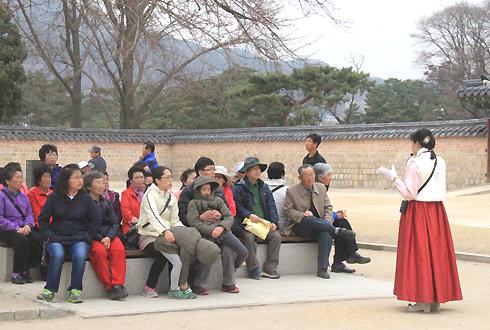 Nghi vấn du khách bị lừa để trốn trên đảo Jeju