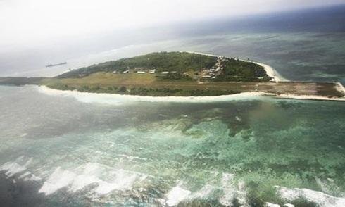 Trung Quốc cảnh cáo phi cơ Philippines bay trên Biển Đông