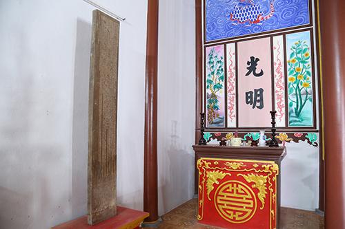 """Báu vật """"lệ làng khắc gỗ"""" 240 năm của người Phú Kinh 1"""