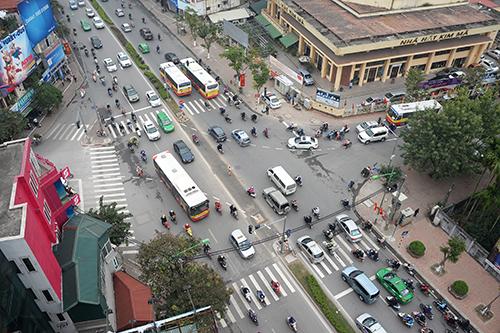 Mở ngã tư Kim Mã - Giang Văn Minh khiến đường ùn tắc kéo dài 3