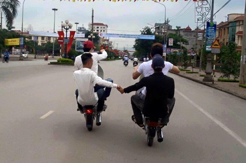nhung-kieu-lai-xe-kho-do-nhat-viet-nam-1