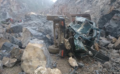 Thi thể nạn nhân thứ 8 vụ sập mỏ đá được tìm thấy 1