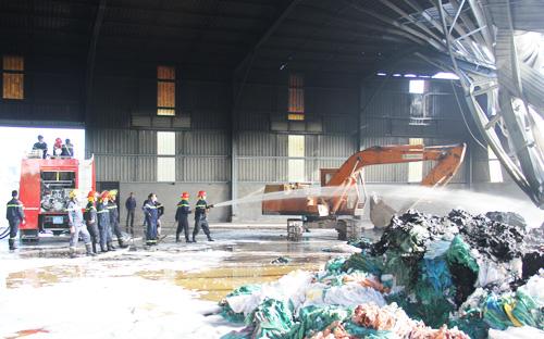 Cháy 3 giờ trong nhà máy xử lý rác công nghệ cao 1