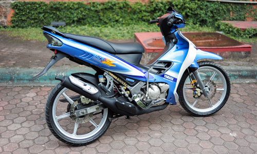 chi-tiet-yamaha-125z-do-ve-zin-tai-ha-noi-4