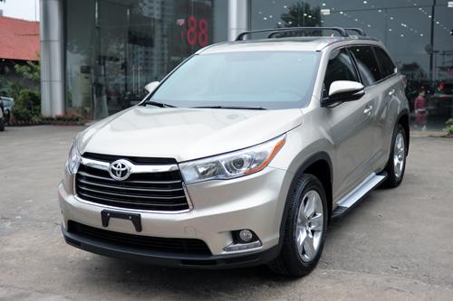 Toyota Highlander 2016 bản giới hạn về Hà Nội 1