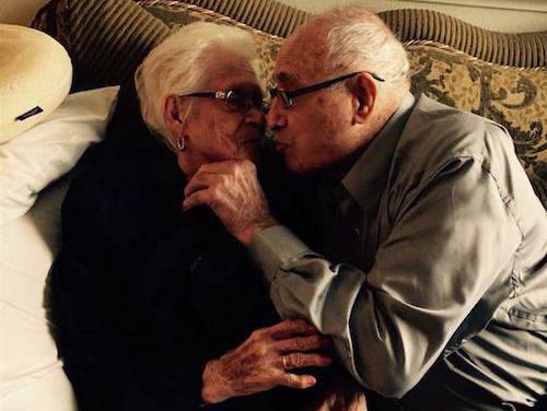 Ông Nicholas và bà Rafaela đã kết hôn và ở bên nhau suốt 82 năm