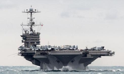 UAV Iran bay trên tàu sân bay Mỹ