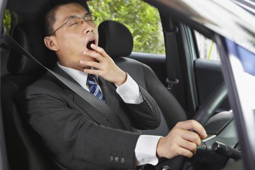 """""""Bí kíp"""" lái ôtô đường dài dịp Tết 1"""