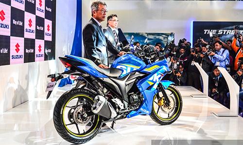Suzuki Gixxer 2016 - thêm an toàn và công nghệ 1