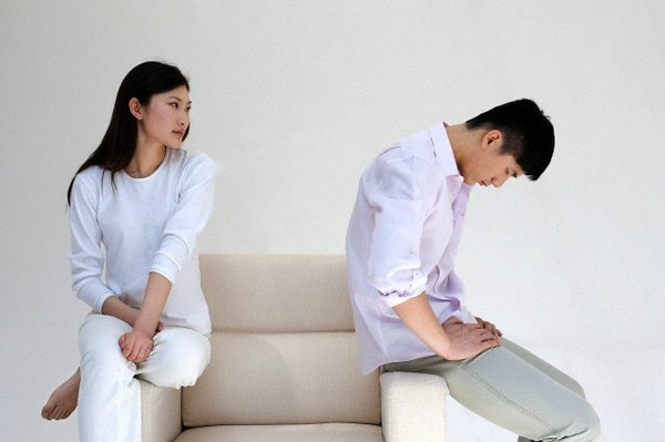 Được tôi tha thứ nhưng vợ vẫn chưa dứt được người đàn ông đó