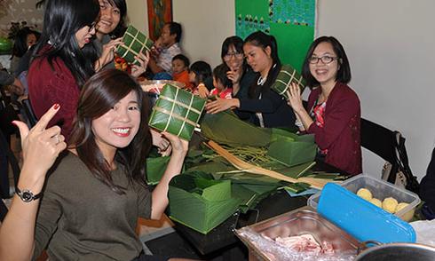 Cộng đồng người Việt tại Thụy Sĩ quây quần đón Tết âm lịch