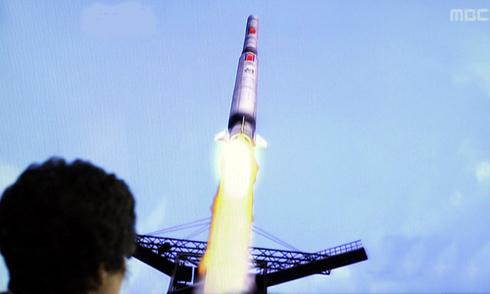 Trung Quốc gồng mình cân bằng quan hệ hai miền Triều Tiên