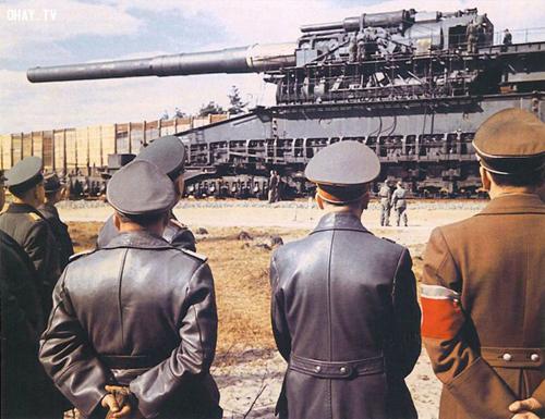 Khẩu siêu pháo lớn nhất thế giới của phát xít Đức 1