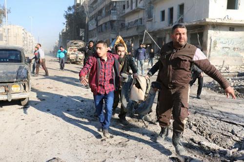 my-nga-do-loi-nhau-danh-bom-thanh-pho-lon-nhat-syria