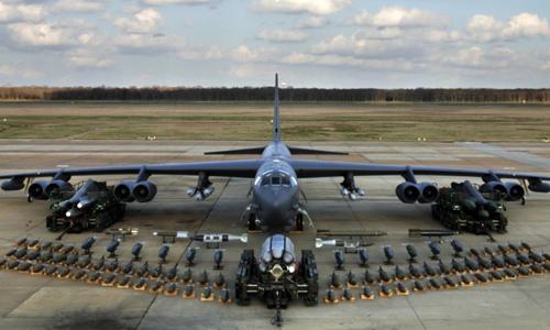 Máy bay kho vũ khí - át chủ bài trên không mới của Mỹ 1