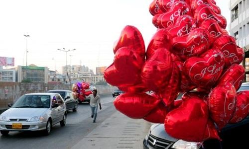 pakistan-keu-goi-ty-chay-ngay-valentine