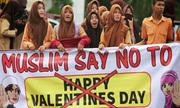 Indonesia cấm Valentine, giới trẻ xuống đường hưởng ứng