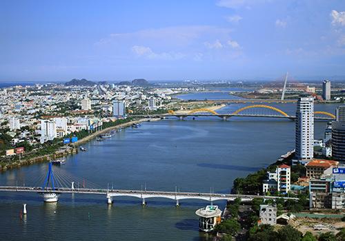 Đà Nẵng tạm dừng lưu thông trên hai cây cầu qua sông Hàn 1