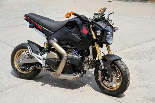 Honda MSX gắn động cơ Ducati 1199 Panigale 1