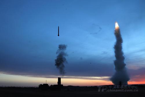 Tên lửa - vũ khí dọn đường cho tham vọng Trung Quốc ở Biển Đông 1
