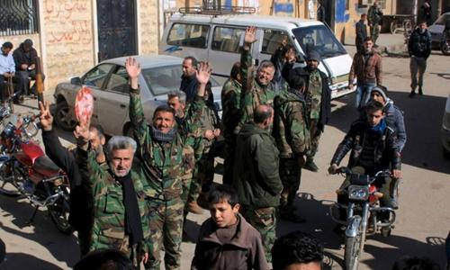 Mỹ lục đục với phiến quân đồng minh trên chiến trường Syria 1