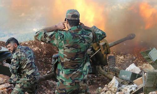 Bị vây ép, IS nguy cơ mất sào huyệt ở Syria 1