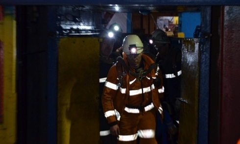 Ba vụ nổ làm sập hầm mỏ Nga, 36 người chết