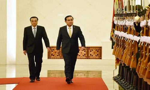 Bị Mỹ thờ ơ, Thái Lan ngả sang Trung Quốc 1