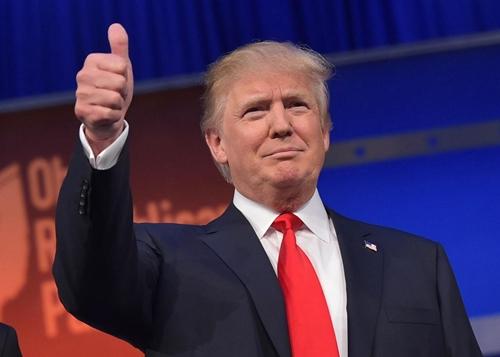 Đảng Cộng hòa Mỹ vật lộn cản bước Donald Trump 1