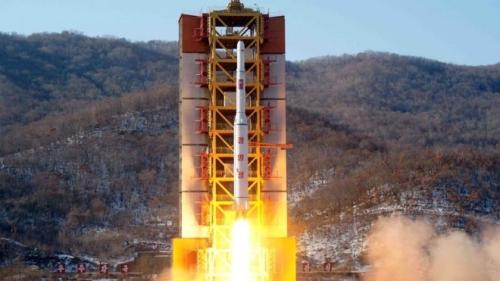 Tên lửa Triều Tiên phóng hôm 7/2. Ảnh: AFP