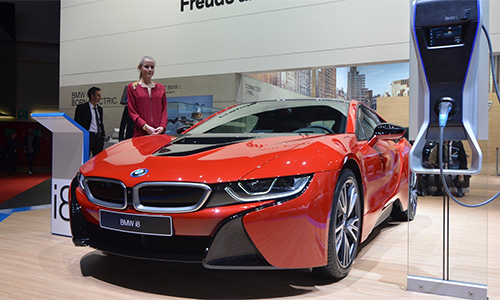 "i8 ""One of 1"" Red Edition"