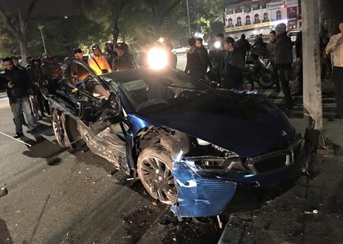 Những tai nạn siêu xe ở Việt Nam 2