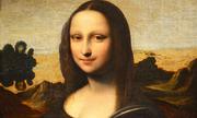 Trong bức chân dung nàng Mona Lisa, người đẹp này không có gì?