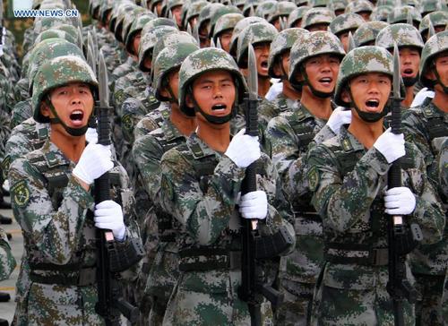 Thương gia Trung Quốc sát cánh cùng ông Tập siết quân đội 3